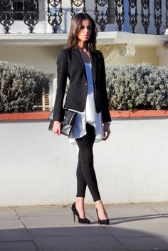 leggins casual look black blazer Fashion Moda, Work Fashion, Cute Fashion, Fashion Outfits, Womens Fashion, Street Fashion, Leggins Casual, Outfits Leggins, Office Outfits