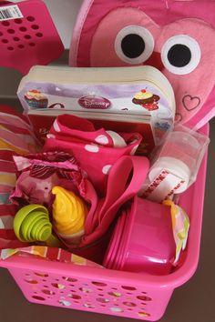 Trendy Baking Gifts For Kids Grandparents Ideas Valentine Gift Baskets, Candy Gift Baskets, Kids Gift Baskets, Valentine Gifts For Kids, Christmas Gifts For Kids, Kids Gifts, Wine Baskets, Homemade Valentines, Valentine Wreath