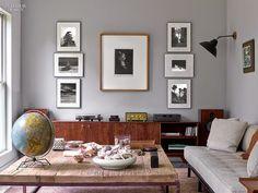 Modernia, värikästä ja persoonallista. Photo wall.