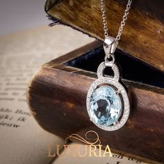 1ct. Blue Topaz Gemstone Necklace.  Sky blue colour, with Italian Silver chain.  925 Sterling Silver Jewellery Online NZ.
