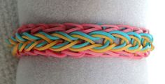 Make this bracelet! Free pattern and instructions for the Tickled Pink Raindrops #rainbowloom bracelet