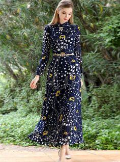 Shop Elegant Slim Print Long Sleeve Lapel Chiffon Maxi Dress at EZPOPSY. Modest Dresses, Stylish Dresses, Pretty Dresses, Beautiful Dresses, Maxi Dresses, Modest Fashion, Fashion Dresses, Chiffon Maxi Dress, Spring Dresses