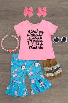 Cute Newborn Baby Girl, Cute Babies, Baby Baby, Little Girl Outfits, Baby Boy Outfits, Cowgirl Shirts, Funny Shirts Women, Little Fashionista, Cute Baby Clothes