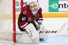 GLENDALE, AZ - OCTOBER 01: Goaltender Mike Smith #41 of the Arizona Coyotes makes a save on a shot from the Anaheim Ducks during the second period of the preseason NHL game at Gila River Arena on October 1, 2016 in Glendale, Arizona. (Photo by Christian Petersen/Getty Images)