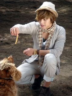 Kim Hyun Joong 김현중 ♡ hat ♡ dog ♡ cute ♡ Kpop ♡ Kdrama ♡
