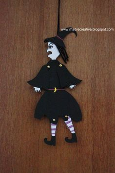 MadreCreativa: Halloween: strega decora porta