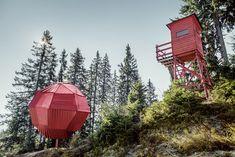 Kunst am Berg auf der Schmittenhöhe in Zell am See. Zell Am See, Outdoor Gear, Cabin, House Styles, Decor, Kunst, Nature, Decoration, Cabins