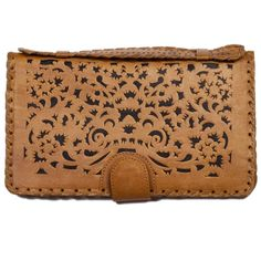 In LOVE with this little clutch!