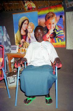RLW-137-22 Femme assise int | ELNOUR