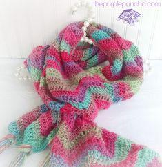 Chevron Super Scarf – Free Crochet Pattern on thepurpleponcho.com
