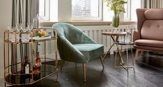 Sir Nikolai: Fantastische Hotel Innenarchitektur in Hamburg Modern Sofa, Modern Furniture, Furniture Design, Mid-century Modern, Modern Design, Decoration Inspiration, Hotel Interiors, Best Sofa, Furniture Upholstery