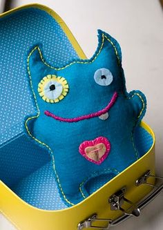 Cute felt monster. Fast and fun to make!