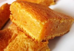 Cake Recipes, Vegan Recipes, Dessert Recipes, Desserts, Blondie Brownies, Creative Cakes, Cornbread, Food And Drink, Pumpkin