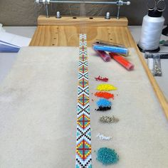Updates from PuebloAndCo on Etsy Bead Loom Patterns, Bracelet Patterns, Beading Patterns, Beaded Hat Bands, Bead Loom Bracelets, Beaded Bracelet, Beading Projects, Loom Beading, Artisanal
