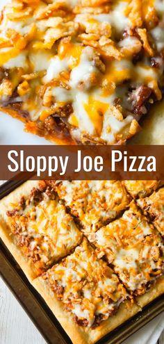 Sloppy Joe Pizza is an easy ground beef dinner recipe using Pillsbury pizza crust and homemade sloppy joe sauce. Sloppy Joe Pizza is an easy ground beef dinner recipe using Pillsbury pizza crust and homemade sloppy joe sauce. Joes Pizza, Pizza Taco, Pizza Hut, Hamburger Pizza, Dough Pizza, Sandwich Bar, Roast Beef Sandwich, Sandwiches, Roast Beef Pizza