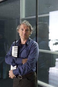 Weggis - John unterrichtet Klavier