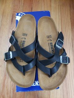 c7be12f5bc80 Authentic Birkenstock Temara Camberra Old Black Leather Sandals Size 37  regular fit width-hollow footprint