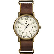 Timex Men's TW2P857009J Weekender Oversized Antiqued Brass Case Brown Leather Sl
