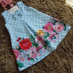 😍😍😍 Flores🌼🌼🌼🌼🌼 flores🌼 Œ . African Dresses For Kids, Dresses Kids Girl, Kids Outfits, Dress Girl, Kids Frocks Design, Baby Frocks Designs, Sewing For Kids, Baby Sewing, Fashion Kids