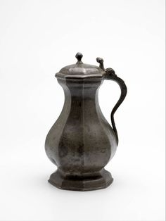 Boijmans Collection Online - Our collection consists of more than objects, of which over can be found online. Search and filter the artworks and makers. Renaissance, Medieval Furniture, Medieval Life, Antique Pewter, 14th Century, Casket, Household Items, Museum, Bronze