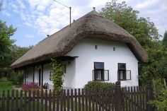 Villa, European House, Cottage Homes, Hungary, Countryside, Palace, Porch, Farmhouse, Cabin