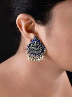 Indian Jewelry Earrings, Fancy Jewellery, Jewelry Design Earrings, Gold Earrings Designs, Silver Jewellery Indian, Ear Jewelry, Stylish Jewelry, Fashion Earrings, Silver Jewelry