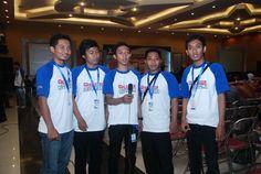 Kami Blogger Nusantara....Bangga menjadi bagian Blogger Nusantara pemirsa :)