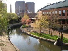 take a walk around the Canal Walk in Richmond, #Virginia