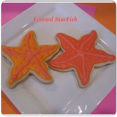 Frosted StarFish by Kelly's Gourmet Doggie  www.kellysgourmetdoggie.com Gourmet Dog Treats, Natural Dog Treats, Treat Yourself, Starfish, Yummy Treats, Frost, Mall, Bakery, Cookies