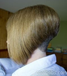 the side of the stacked bob