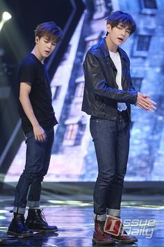 [PIC] 06.05.15 - #BTS #Jimin #V @ Show Champion I Need U (Cr.: On Pic)