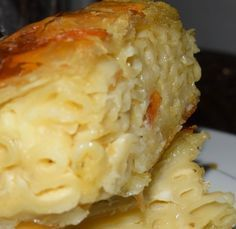 Pasta Pie juste parfait et simple ! Delicious Vegan Recipes, Easy Healthy Recipes, Yummy Food, Pasta Recipes, Cooking Recipes, Greek Cooking, Greek Dishes, Food Humor, Mediterranean Recipes