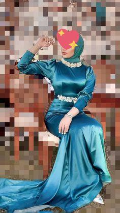 Girl Hijab, Hijab Outfit, Satin Dresses, Gowns, Hijab Chic, Wow Products, Wonder Woman, Kebaya, Sexy