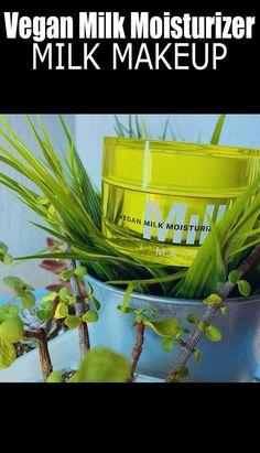 Dry Skin On Face Men With Honey Best Moisturiser For Face, Essential Oils For Face, Flaking Skin, Face Care Routine, Dry Skin On Face, Moisturizer For Oily Skin, Face Men, Skin Food, Acne Prone Skin