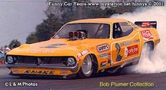 Funny Cars, the fiberglass floppin', ground-poundin', nitro-guzzlin' thrill machines of the to the mid Funny Car Drag Racing, Nhra Drag Racing, Funny Cars, Auto Racing, Rat Rods, Snake And Mongoose, Top Fuel Dragster, Rockabilly Cars, Vintage Race Car
