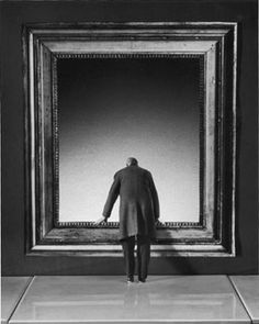 Gilbert Garcin, photographer - L'attraction du vide (The attraction of emptiness)