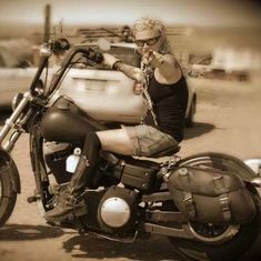 This is hot!  Hubby needs to get pics of me on my bike this summer!  #HDNaughtyList
