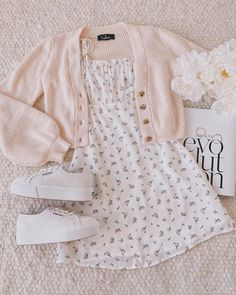 Be a Wildflower White Floral Print Tie-Strap Mini Dress Girl Outfits DRESS Floral Mini print TieStrap White Wildflower Teen Fashion Outfits, Retro Outfits, Girly Outfits, Outfits For Teens, Look Fashion, Teenager Outfits, Hipster Outfits, Winter Fashion, Fashion Tips