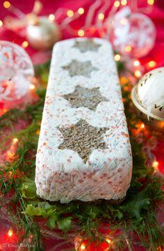 Kirjolohi-mätijäädykekakku__ Suolainen jäädykekakku on juhlava tarjottava ruokaisassa noutopöydässä, alkupalana tai voileipäkakun tilalla.