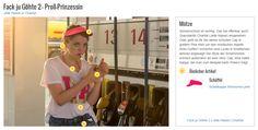 Sonnenschutz ist wichtig. Das hat offenbar auch Querulantin Chantal (Jella Haase) eingesehen. Oder geht es ihr bei dieser schicken Cap in grellem Pink eher um den modischen Aspekt ihres Outfits? Immerhin sind Looks in Knallfarben absolut angesagt! Der Style der Schirmmütze erinnert außerdem an eine Visor Cap, eine halbe Kappe, die man zum Beispiel beim Pokern trägt.