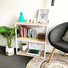 I added this super cute shelf to my zen area in our bedroom so I could display my favourite books and crystals. I love how this area has come together over the years and it's chill vibe is the perfect place to write my blog. Check out my latest post about what I learnt from the judgments I got from being a young mum (Link in Bio) Happy Sunday ✌ . . . . . . . #shelfie #bedroomdecor #bohobedroom #bohodecor #scandinaviandesign #homedecor #decor #interiordesign #interiorstyling #cornerofmyhom... Natalie Williams, Interior Styling, Interior Design, Konmari, Shelfie, Happy Sunday, Scandinavian Design, Boho Decor, Over The Years