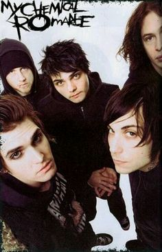 My Chemical Romance just broke up...... I'm not okay right now....