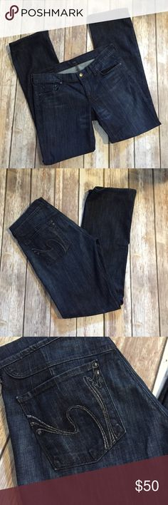 """Citizens of Humanity jeans Citizens of Humanity dark wash denim. Jelly low waist boot cut. 31.5"""" inseam Citizens of Humanity Jeans Boot Cut"""