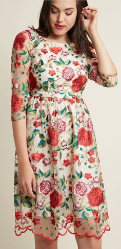 Popping up roses dress #dress #partyattire #party
