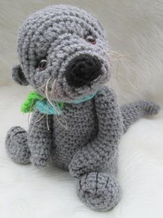 I need someone to make me this!!Cute Otter Crochet Pattern