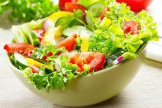 Eating Raw, Healthy Eating, Healthy Foods, Sources Of Dietary Fiber, Paleo Meal Plan, Supper Recipes, Caesar Salad, Salad Bar, Food Hacks