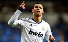 Real Madrid goleó 4-1 a Sevilla con 'hat trick' de Cristiano Ronaldo