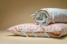 Maxi / Posteľná bielizeň Throw Pillows, Atelier, Toss Pillows, Cushions, Decorative Pillows, Decor Pillows, Scatter Cushions