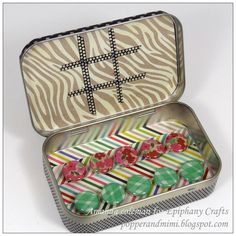 Altered Altoids tin (portable tic-tac-toe board) Great little gifts for those Christmas Stockings, Birthdays, Travel and for Seniors in the Nursing Home.