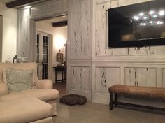 pecky cypress whitewash and paint - Bing images Engineered Hardwood Flooring, Hardwood Floors, Pecky Cypress Paneling, Brunswick House, Cypress Wood, Ranch Kitchen, Cabin Design, House Design, Great Rooms